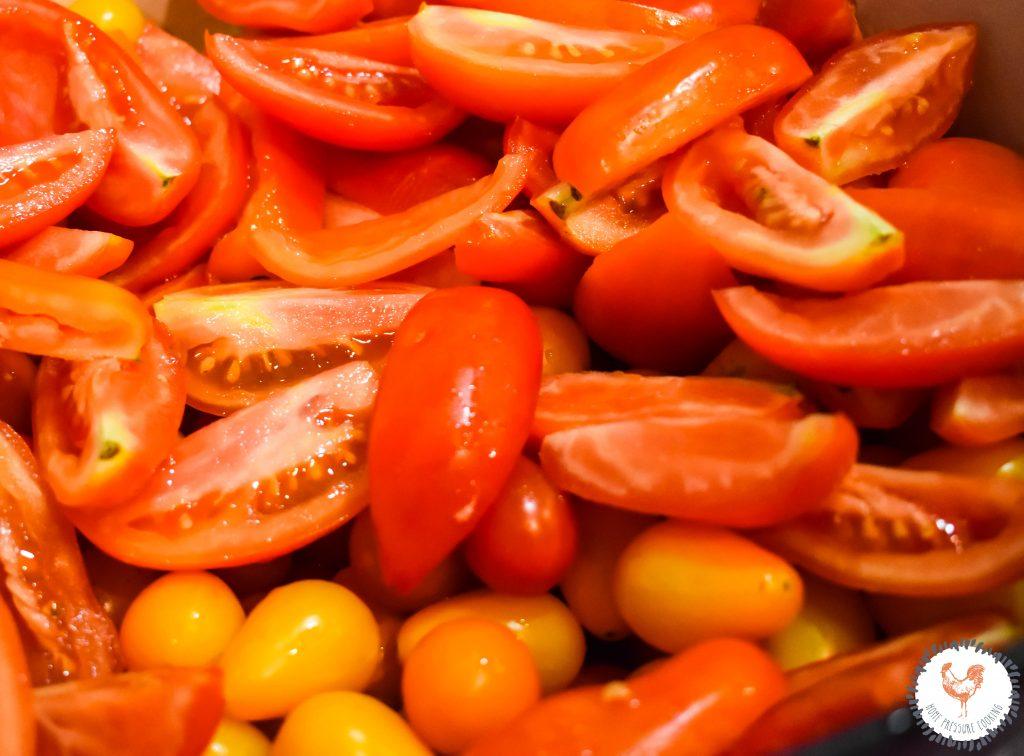 Fresh-Sliced-tomatoes-JENRON-DESIGNS